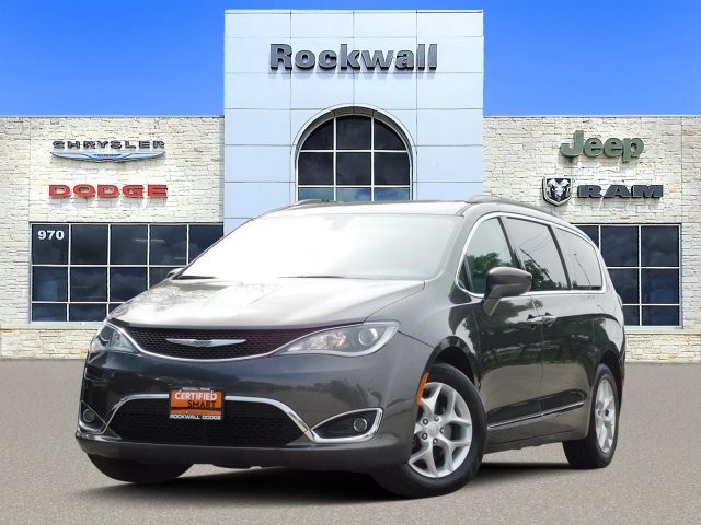 Certified Pre-Owned 2017 Chrysler Pacifica Touring Plus