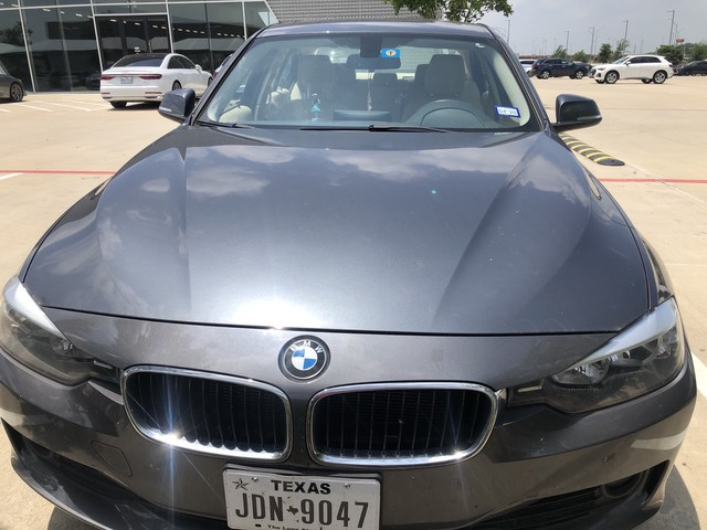 Pre-Owned 2013 BMW 3 Series 320i